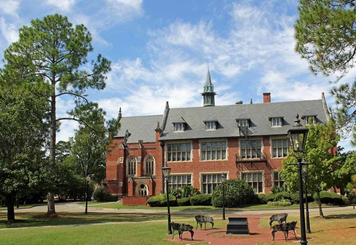 Huntingdon Recognized for Undergraduate Teaching and Named a Best Value by U.S. News and World Report