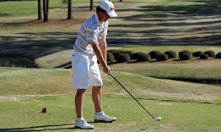 golf courses are abundant in Alabama