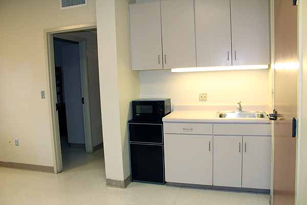 photo of cluster-style kitchenette
