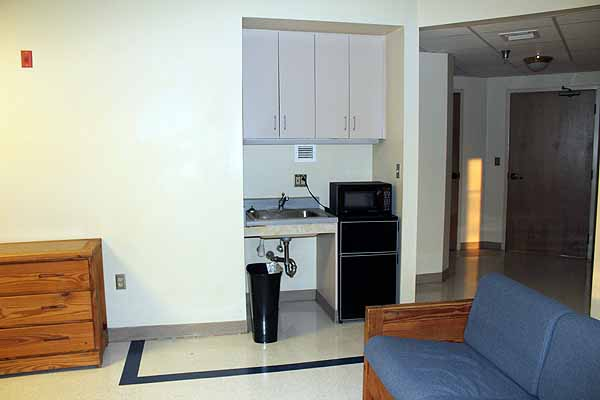 photo of suite-style kitchenette