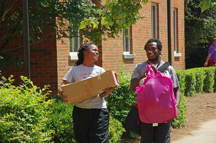Blount Hall move-in