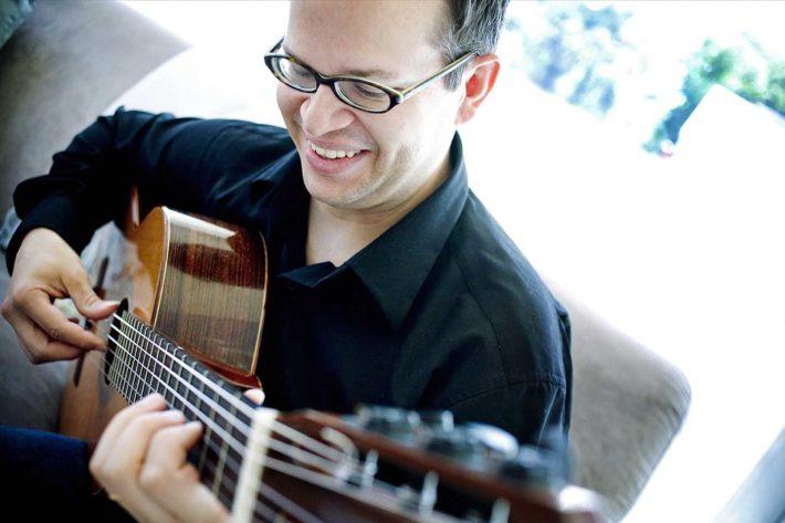 Guitarist Kevin Manderville Presents Recital at Huntingdon