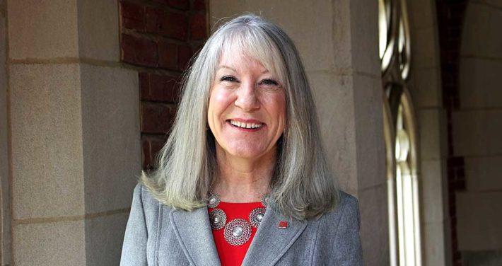 photo of Dr. Anna McEwan
