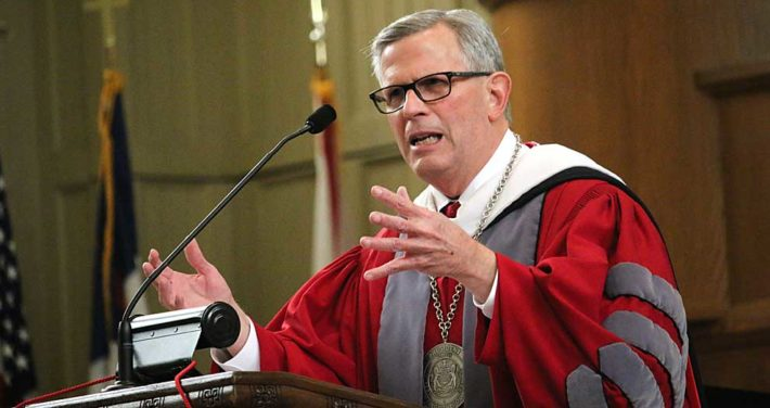 President West delivers Convocation address 2017