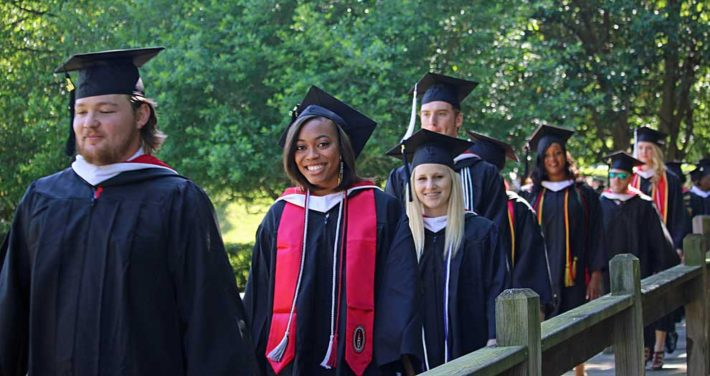 Commencement March 2016